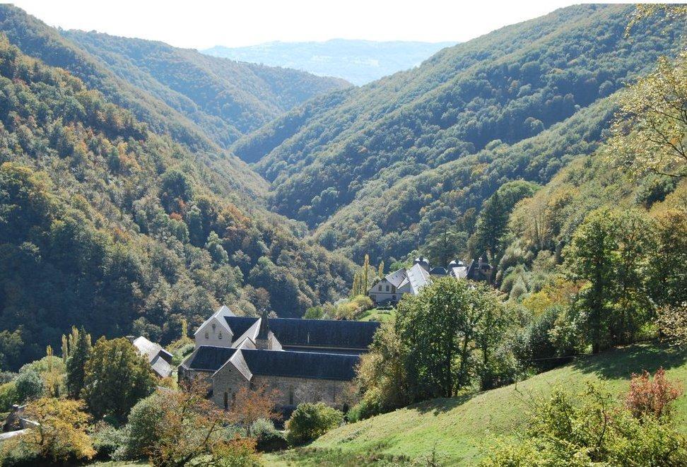 Le Cayrol (12) : Abbaye de Bonneval