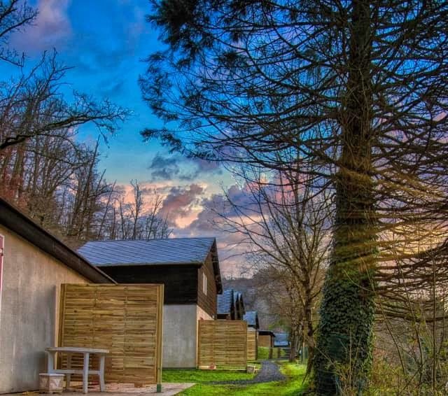 chalets 6/8 personnes Tarn